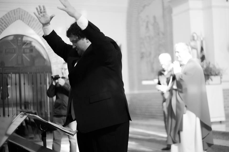 La Agrupación Musical Cisneros de Gálvez dona a la iglesia de la localidad la imagen de Santa Cecilia